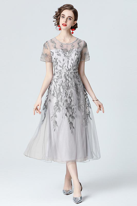 New Embroidery Lace Beading Maxi Dress Evening Party Gown (T360002)