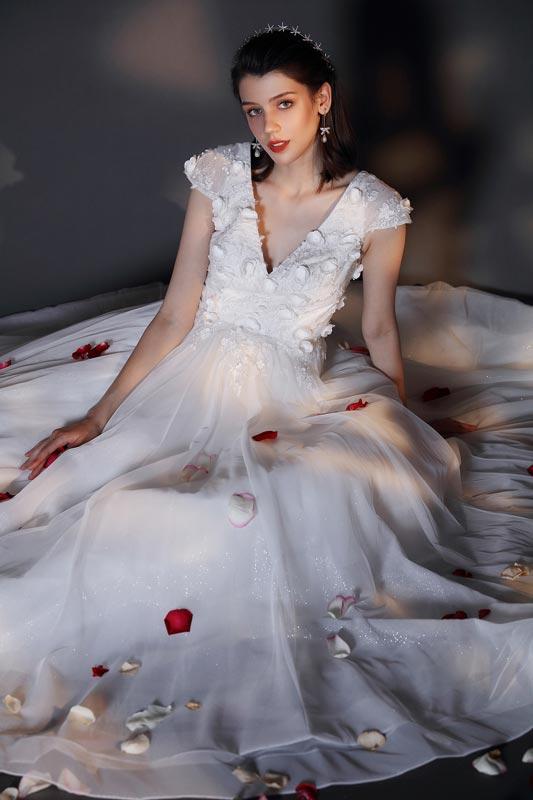 eDressit New V-Cut Cap Sleeves Shiny Wedding Bridal Dress (01202607)