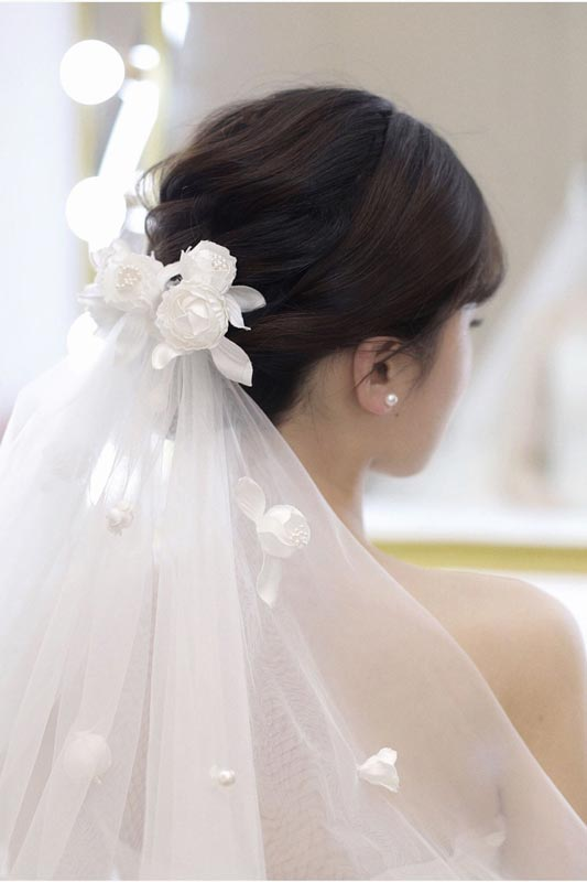 Bridal Veil Women's Simple Tulle Party Wedding Veil with Flowers (T140001)