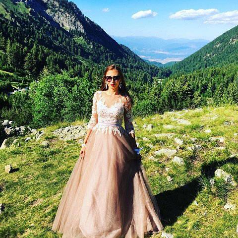 Elegant Long Sleeves Long Formal Dress