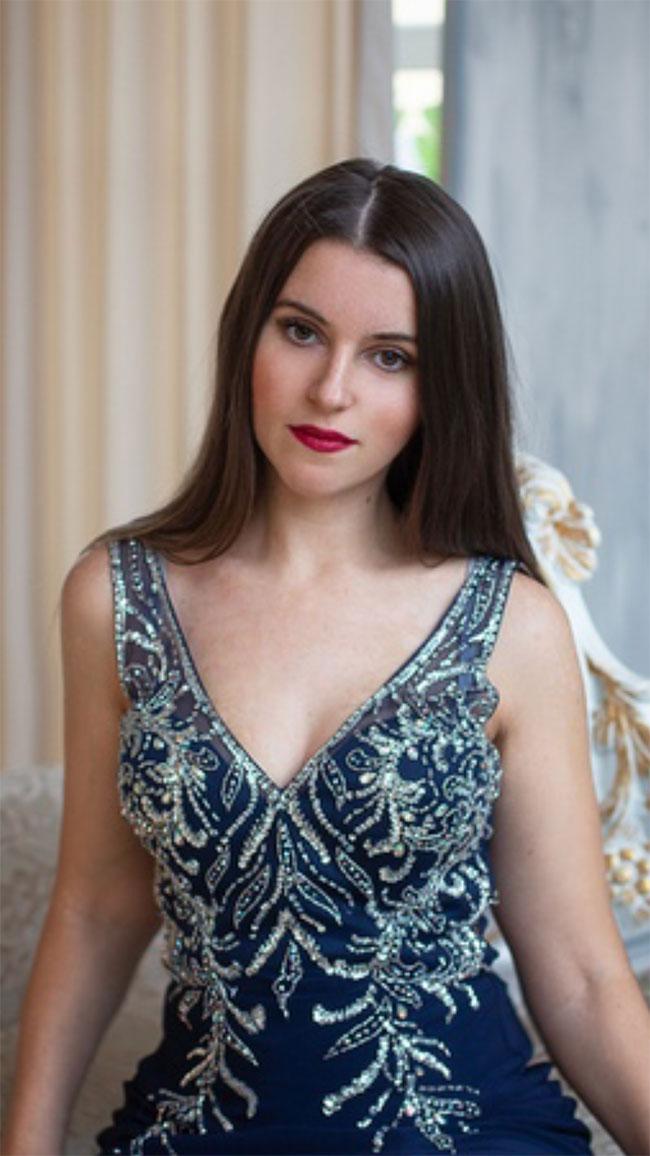 Blue V-cut Sleeveless Prom Dress