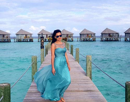 Illusion Neck Sleeveless Turquoise Prom Dress